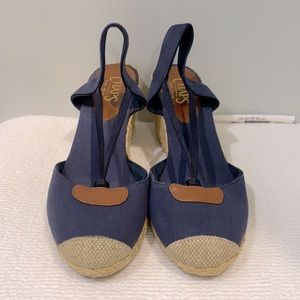 Chaps Sling Back Closed Toe Wedge Sandals.